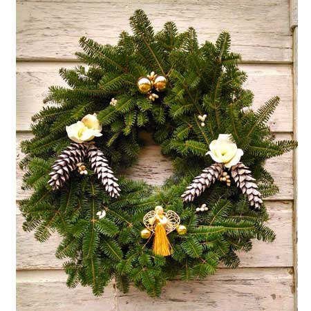 Spirit of the Season Wreath